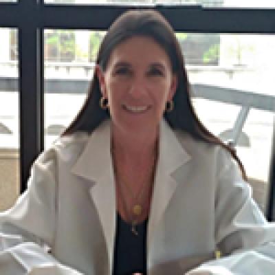 Oftalmologista Pelotas - Dra. Cinara Menegotto Cavalheiro Karam