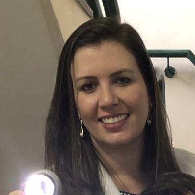 Dra. Ariane Rubin Cocco  - Santa Maria