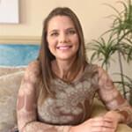 Dra. Nathalia Schneider - Pelotas